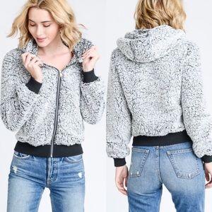 Jackets & Blazers - Cozy Fuzzy 2-tone Black Sherpa bomber jacket